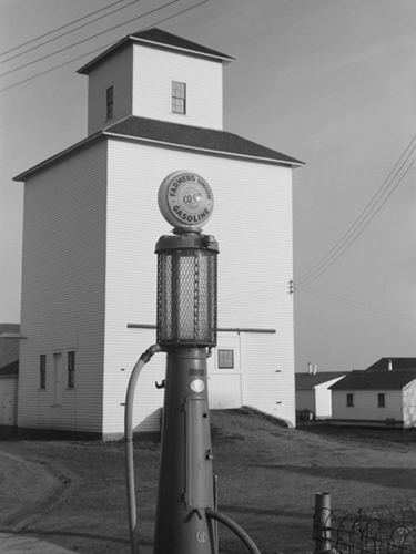 It's a Gas ... Pump! by Kernud Hansen